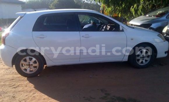 Buy Used Toyota Runx White Car in Chingola in Zambia
