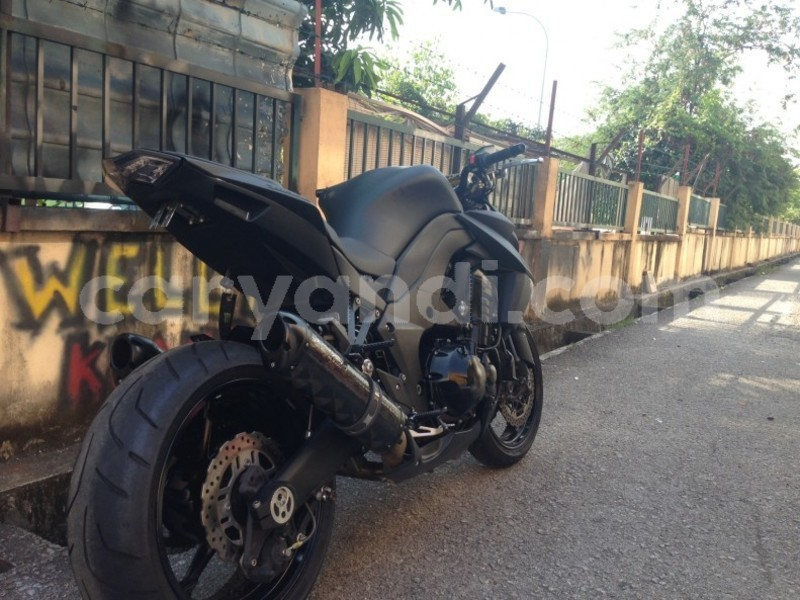 Big with watermark used ducati diavel 1200 3 620x465