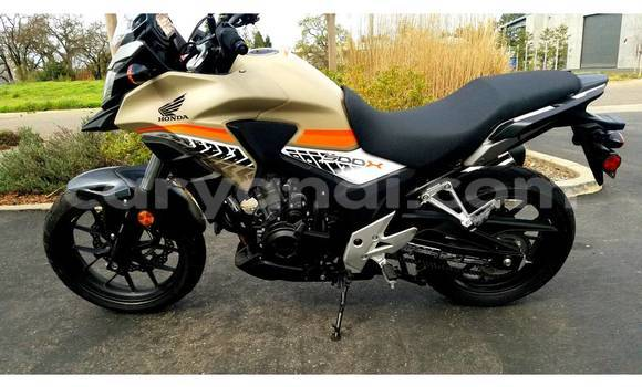 Buy Used Honda 185S Black Moto in Kabwe in Zambia