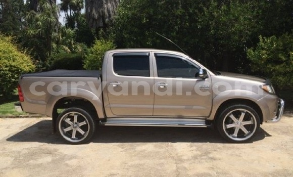 Buy Used Toyota Hilux Beige Car in Lusaka in Zambia