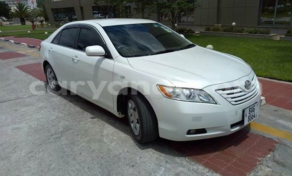 Buy Used Toyota Camry White Car in Lusaka in Zambia