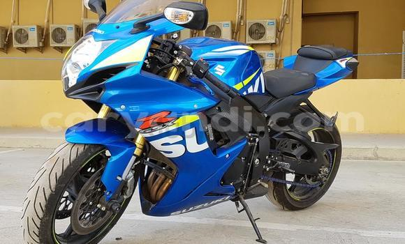 Buy Used Suzuki 750 Blue Bike in Chingola in Zambia