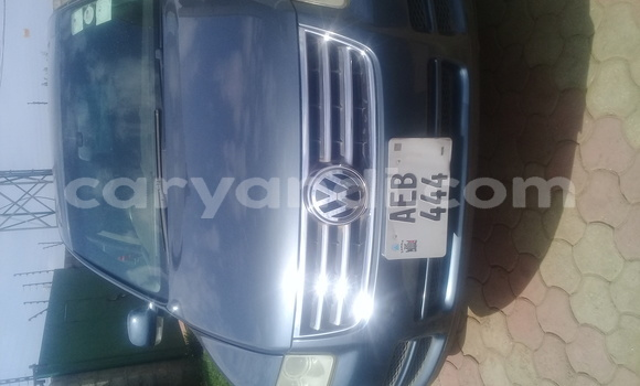 Buy Used Volkswagen Touareg Green Car in Lusaka in Zambia