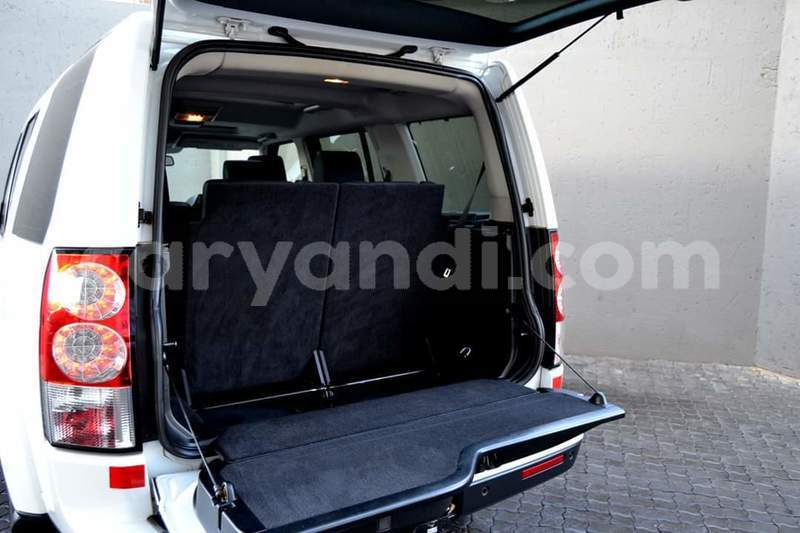 Big with watermark land rover discovery zambia lusaka 12123