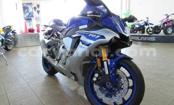 Buy Used Yamaha FZR Blue Bike in Mufulira in Zambia