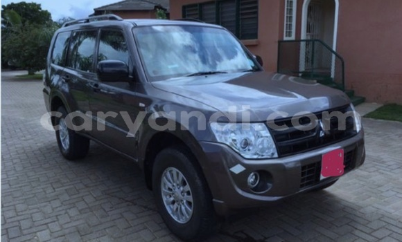 Buy Used Mitsubishi Pajero Brown Car in Lusaka in Zambia
