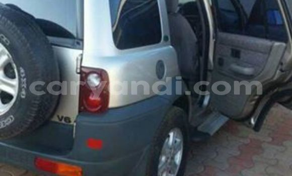 Buy Used Land Rover Freelander Silver Car in Lusaka in Zambia