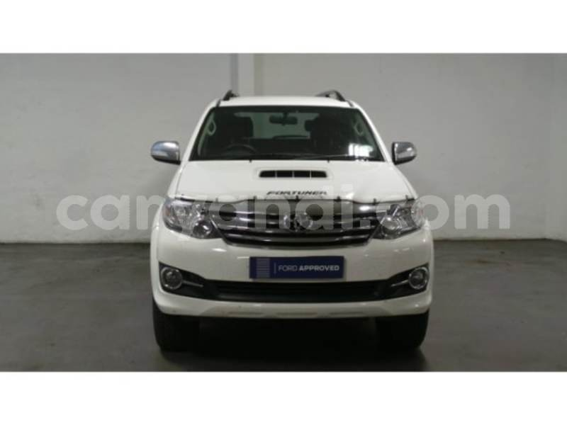 Big with watermark 2015 toyota fortuner 6