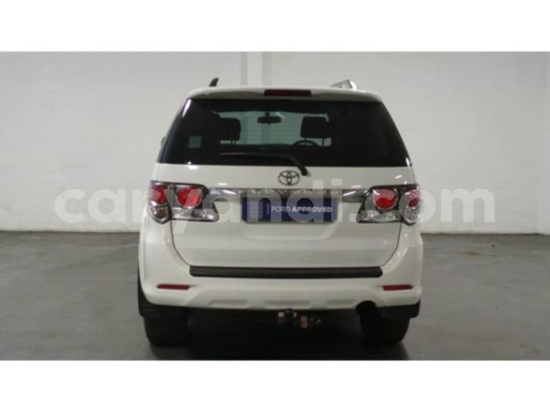 Big with watermark 2015 toyota fortuner 4