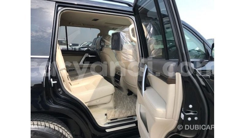 Big with watermark toyota land cruiser zambia import dubai 13284