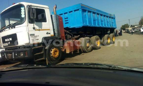 Buy Used Man Silent Blue Truck in Lusaka in Zambia