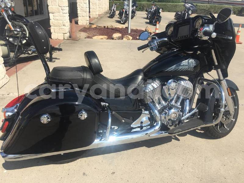 Big with watermark 2017 indian chieftain limited.1