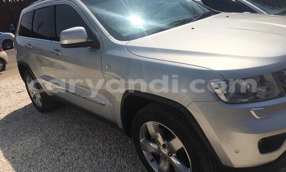 Buy Used Jeep Grand Cherokee Silver Car in Lusaka in Zambia
