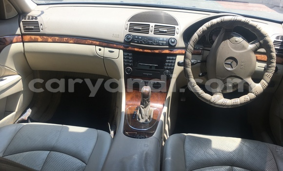Buy Used Mercedes–Benz E–Class Blue Car in Lusaka in Zambia