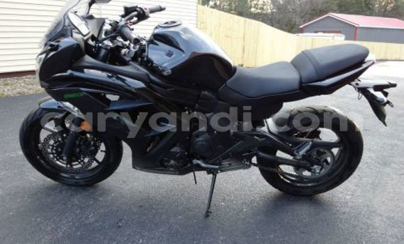 Buy Used Kawasaki Ninja ZX-10R Black Bike in Chililabombwe in Copperbelt