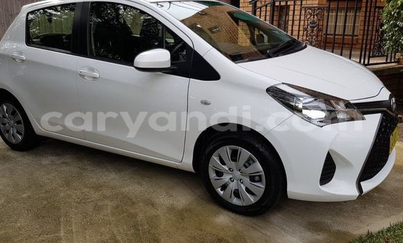 Buy Used Toyota Yaris White Car in Mwansabombwe in Luapala