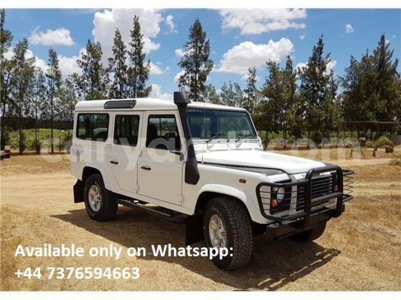 Big with watermark land rover defender zambia lusaka 14810