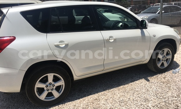 Buy Used Toyota RAV4 White Car in Lusaka in Zambia