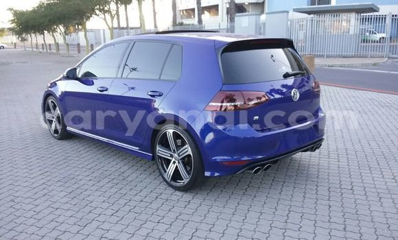 Medium with watermark 2014 volkswagen golf 5