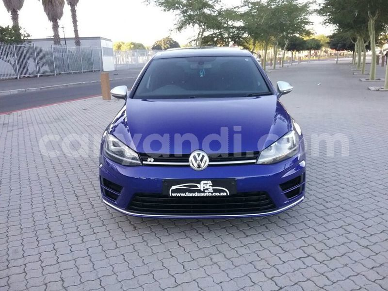 Big with watermark 2014 volkswagen golf 2