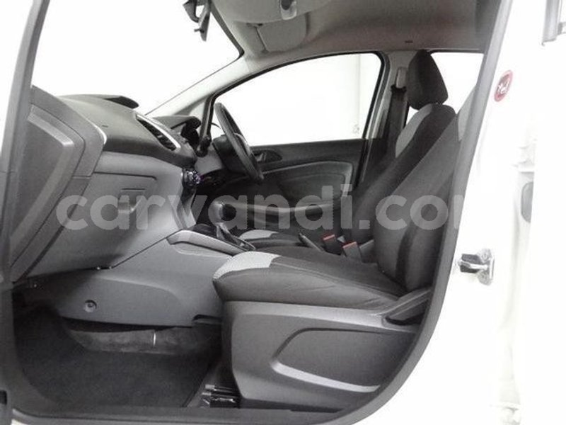 Big with watermark 2016 ford ecosport e