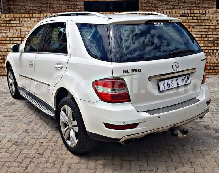 Big with watermark mercedes benz ml class zambia livingstone 16216