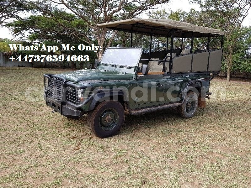 Big with watermark land rover defender zambia lusaka 16754