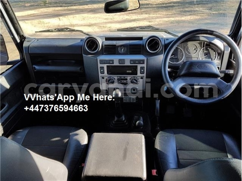Big with watermark land rover defender zambia lusaka 17257