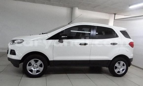 Buy Used Ford EcoSport White Car in Lusaka in Zambia