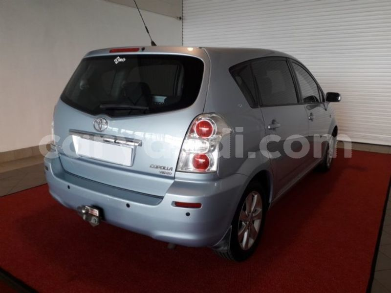 Big with watermark 2011 toyota verso 4