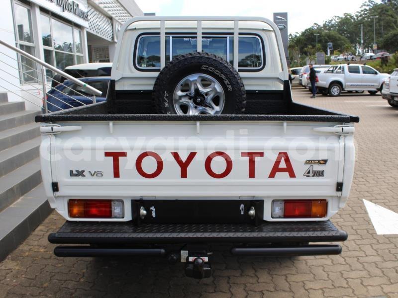 Big with watermark toyota land cruiser zambia chipata 17729