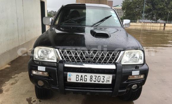 Buy Used Mitsubishi L200 Black Car in Lusaka in Zambia