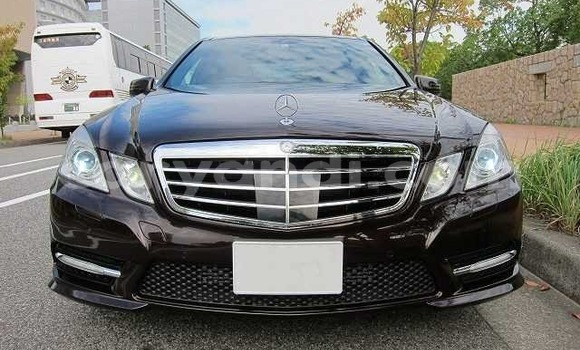 Buy Used Mercedes‒Benz E-klasse Other Car in Lusaka in Zambia