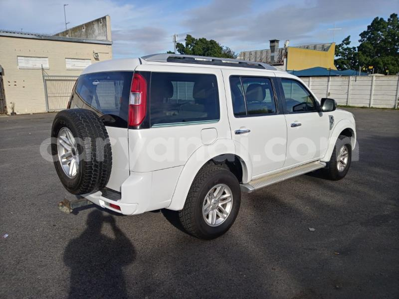 Big with watermark ford everest zambia lusaka 18656