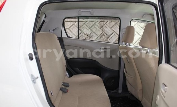 Buy Used Daihatsu Mira White Car in Lusaka in Zambia