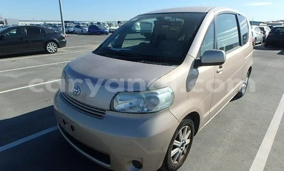 Buy Import Toyota Porte Other Car in Lusaka in Zambia
