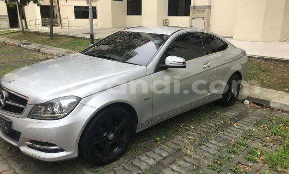 Buy Used Mercedes‒Benz C-klasse Silver Car in Lusaka in Zambia