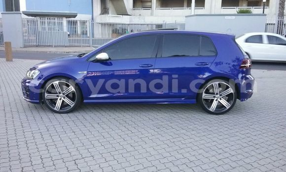 Buy Used Volkswagen Golf Blue Car in Lusaka in Zambia