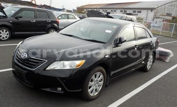Buy Imported Toyota Camry (Japan) Black Car in Lusaka in Zambia