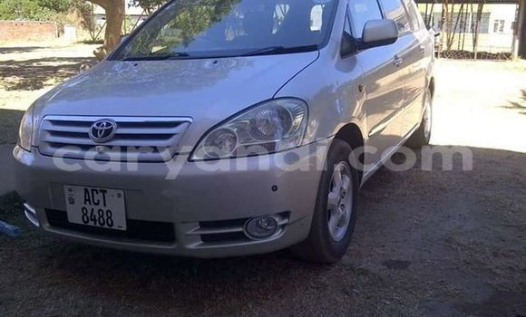 Buy Used Toyota Ipsum Silver Car in Lusaka in Zambia