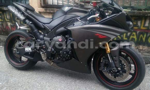 Buy Used Yamaha R1 Black Bike in Chipata in Zambia