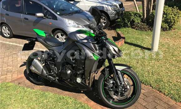 Buy Used Kawasaki Z 1000 Green Bike in Chililabombwe in Copperbelt