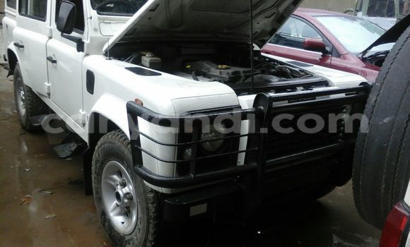 Buy Used Land Rover Defender White Car in Chingola in Zambia