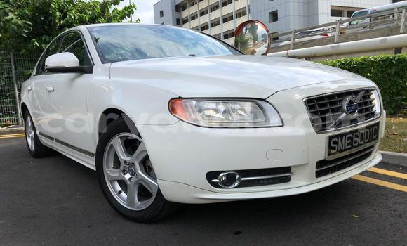 Buy Used Volvo S80 White Car in Lusaka in Zambia