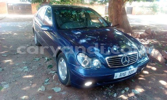 Buy Used Mercedes‒Benz C-klasse Blue Car in Lusaka in Zambia