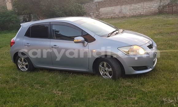 Buy Used Toyota Auris Silver Car in Lusaka in Zambia
