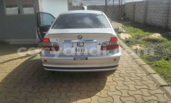 Buy Used BMW 1-Series White Car in Chingola in Zambia