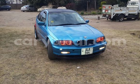 Buy Used BMW 1–Series Blue Car in Chingola in Zambia