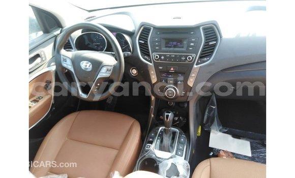 Buy Import Hyundai Santa Fe White Car in Import - Dubai in Zambia