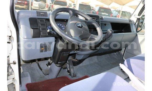 Buy Import Mitsubishi Canter White Truck in Import - Dubai in Zambia